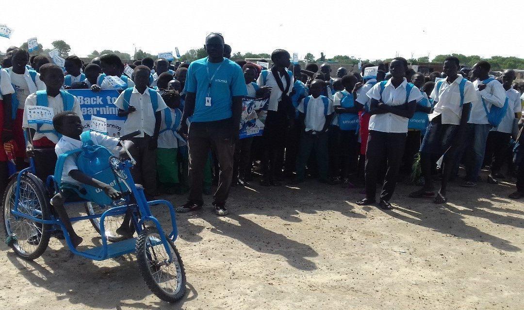 Tra guerra e scuola: storia di Mayiel, bambino disabile nel Sud Sudan