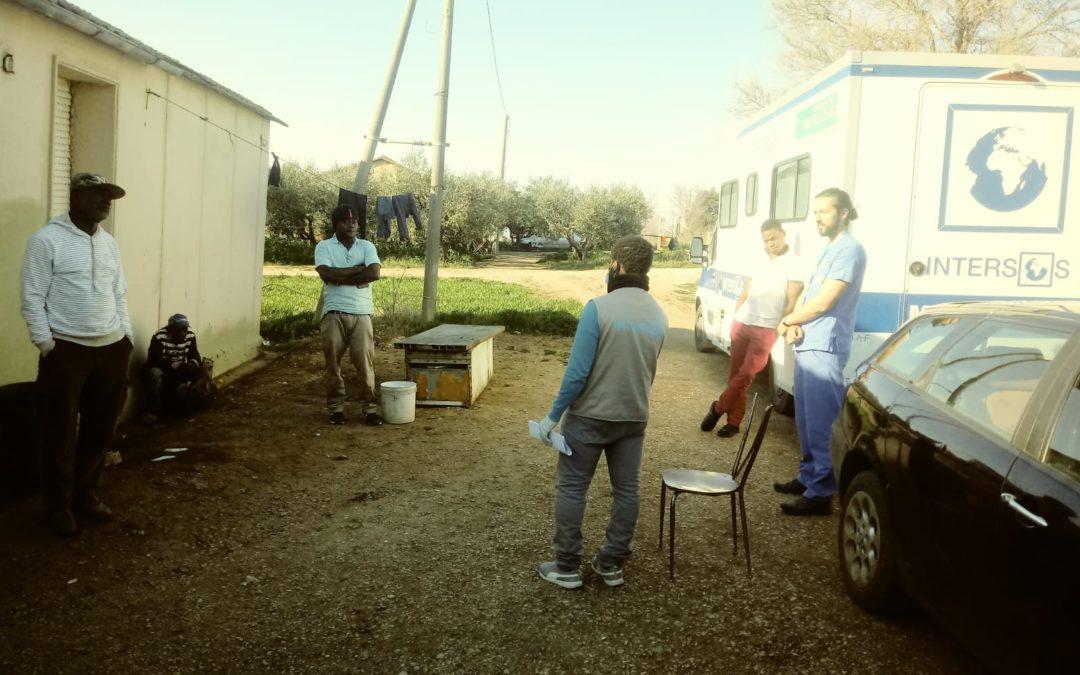 COVID-19: INTERSOS chiede misure urgenti per chi vive nei 'ghetti'