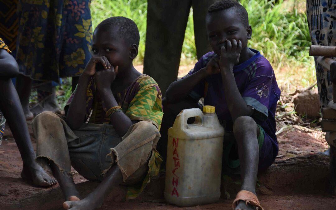 Bambini soldato, un'emergenza umanitaria per migliaia di minori