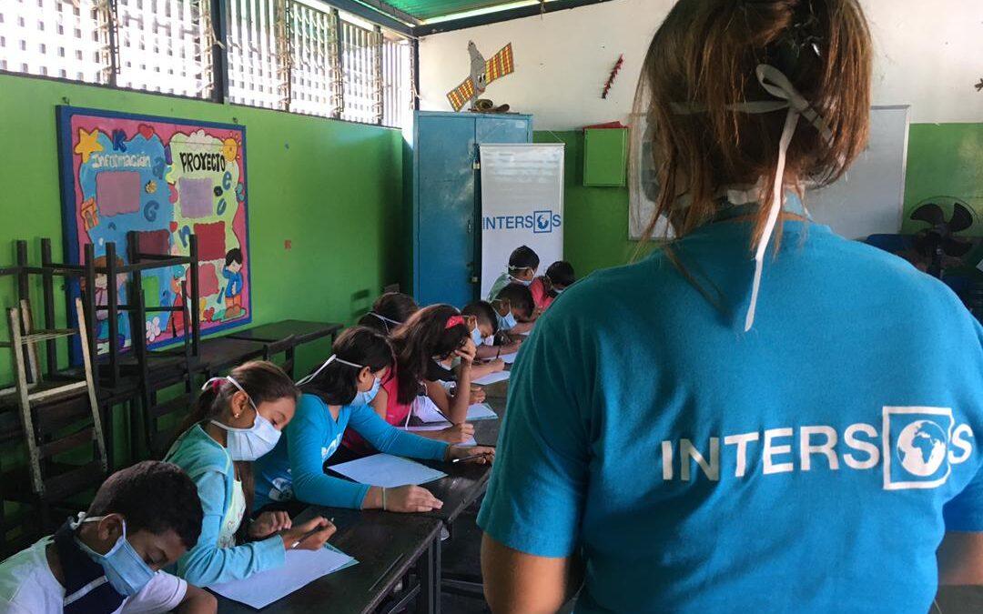 Colombia, assistiamo alla frontiera le persone in fuga dalla crisi