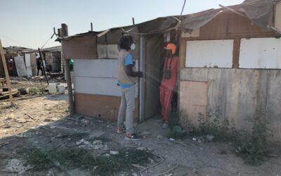 i migranti in attesa di regolarizzazione negli insediamenti informali nel Foggiano